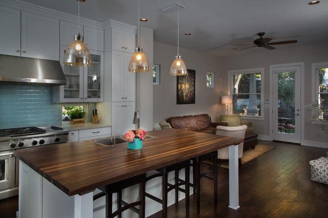 Craftsman Kitchen by Greenbelt Construction