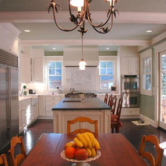 traditional kitchen by David Ludwig - Architect