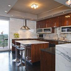 Contemporary Kitchen by Montgomery Roth Architecture & Interior Design