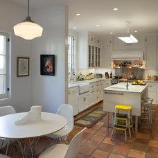 Contemporary Kitchen by RCDF Studio