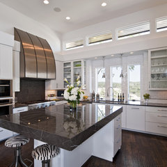 contemporary kitchen by PPDS