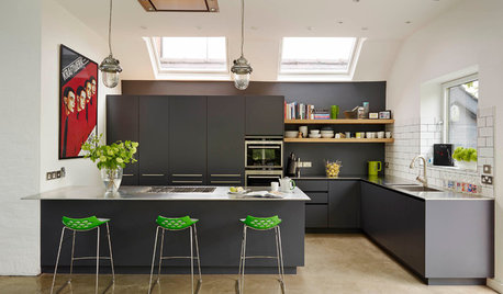 7 Reasons Why You Should Choose Dark Kitchen Cabinets