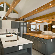 Contemporary Kitchen by Rockridge Building Company