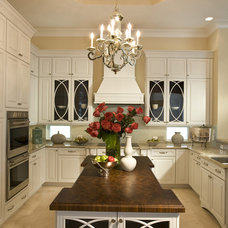Modern Kitchen by Craig Denis