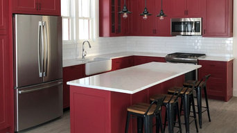 Ruby Red lakeside kitchen