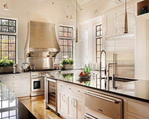 Alabaster white kitchen design ideas remodel pictures for Alabaster white kitchen cabinets