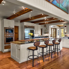 Traditional Kitchen by Platt Architecture, PA