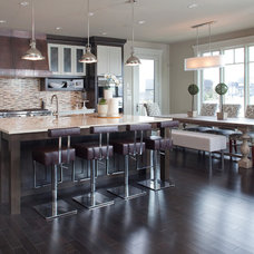 Contemporary Kitchen by Riverview Custom Homes