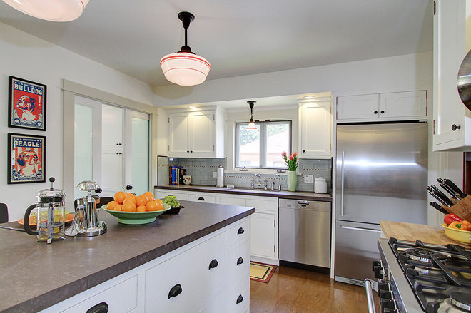 Contemporary Kitchen by Design Vidal