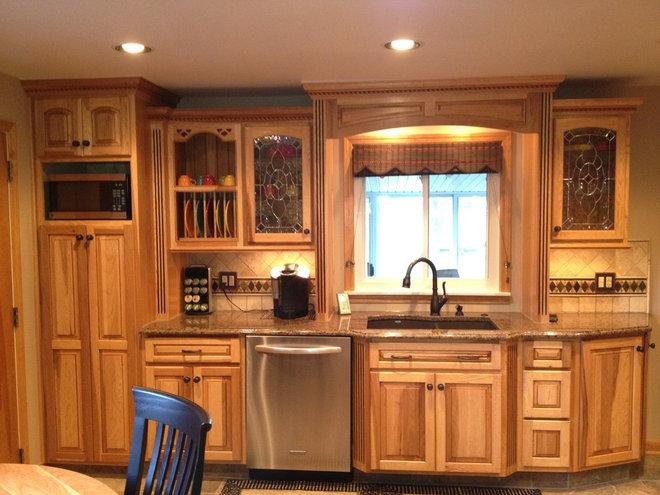 Traditional Kitchen by Kurtis Kitchen & Bath Centers