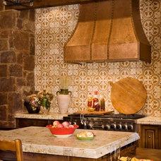 Eclectic Kitchen by Vanguard Studio Inc.