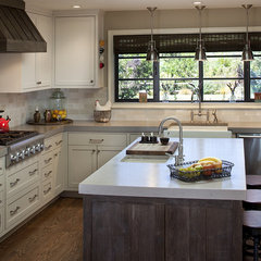 eclectic kitchen by Artistic Designs for Living, Tineke Triggs