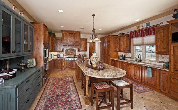 Rustic Kitchen by Authentic Custom Homes