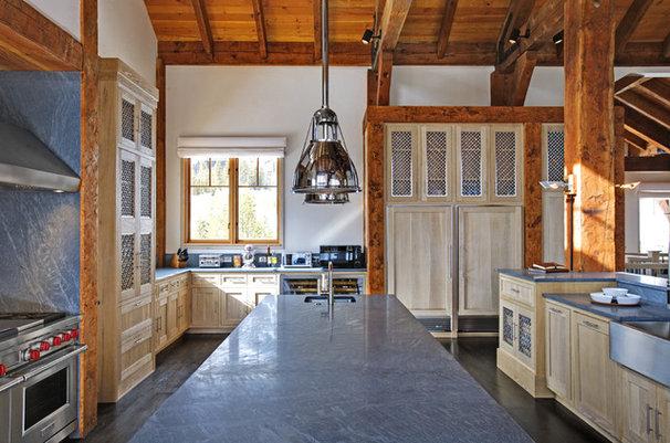 Rustic Kitchen by d'apostrophe design, inc.
