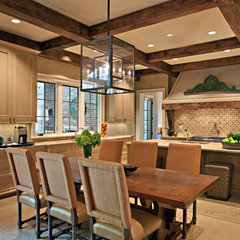 traditional kitchen by Jason Arnold Interiors | Nashville, Tennessee
