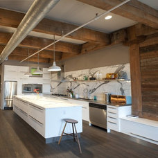 rustic kitchen by moss
