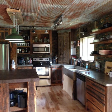 Rustic Kitchens & Cabinets