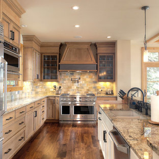 Rustic kitchen pictures - Mountain style kitchen photo in Other