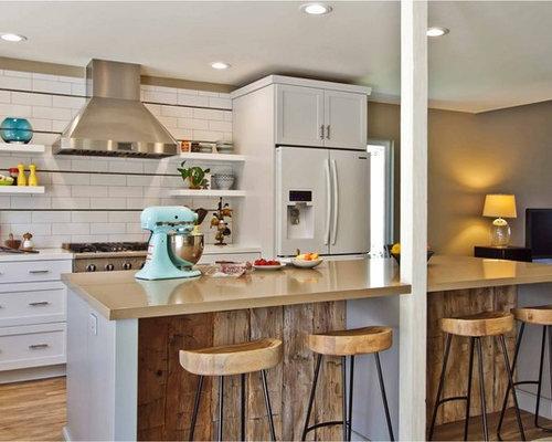 Cucina Con Elettrodomestici Bianchi : Rustic Kitchen Breakfast Bar