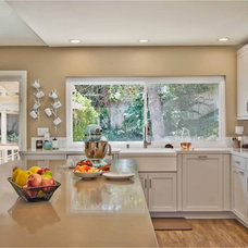 Contemporary Kitchen by Jackson Design & Remodeling