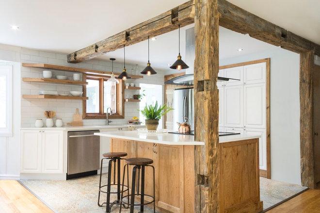 Farmhouse Kitchen by Entreprise Matt Jackson inc.