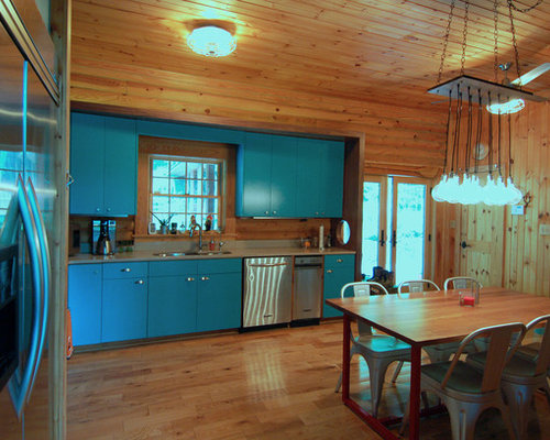 Mid Sized Rustic Kitchen Design Ideas Remodel Pictures