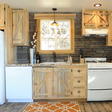 Rustic Kitchen Rustic Vacation Cottage