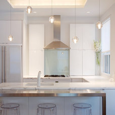 Modern Kitchen by Stern McCafferty