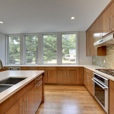Contemporary Kitchen by Lake Country Builders