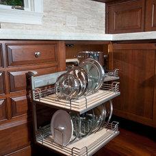 Traditional Kitchen by Baywolf Dalton, Inc.