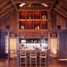 Eclectic Kitchen by RYAN ASSOCIATES GENERAL CONTRACTORS