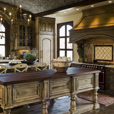 Mediterranean Kitchen by Rysso Peters