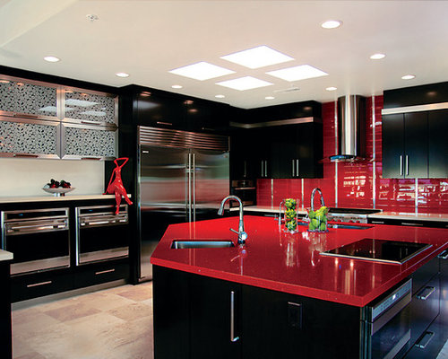 Trendy Kitchen Photo In Phoenix With Stainless Steel Appliances, An  Undermount Sink, Flat