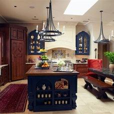 Mediterranean Kitchen by Rysso Peters