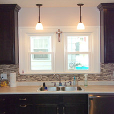 Traditional Kitchen by Roanoke Woodworking Inc.