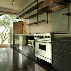Modern Kitchen by Sago International