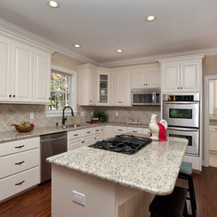 Traditional kitchen ideas - Kitchen - traditional kitchen idea in Charlotte