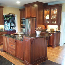 Traditional Kitchen by Designing Richmond