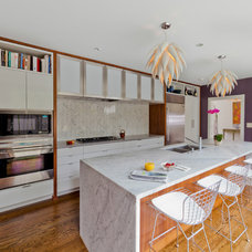 Modern Kitchen by Jim Schmid Photography