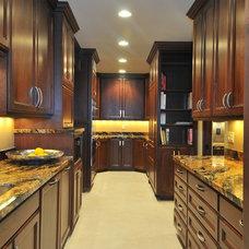 Mediterranean Kitchen by CD Construction, Inc.