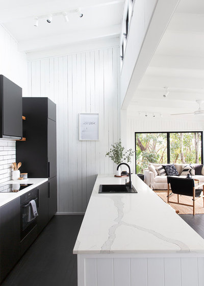 Beach Style Kitchen by Black and White Projects