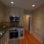 Small Traditional Kitchen