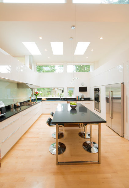 Contemporary Kitchen by Stephenson Design Collective