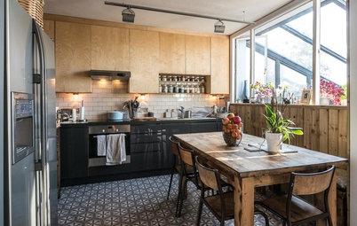 Osez les meubles dépareillés pour personnaliser votre cuisine
