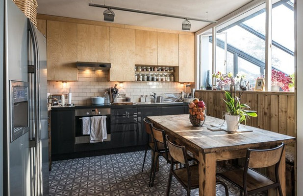Contemporary Kitchen by Ben G Waller Photography