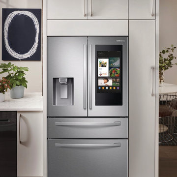 """Samsung 36"""" French Door Refrigerator With Family Hub"""