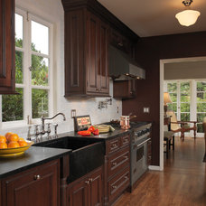 Traditional Kitchen by Barbra Bright Design