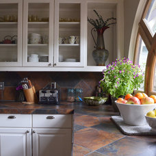 Traditional Kitchen by Sarah Greenman