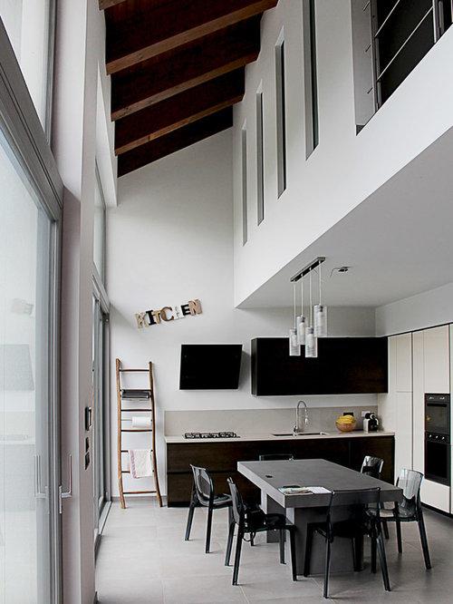 Cucina con ante beige foto idee arredamento - Paraspruzzi per cucina ...