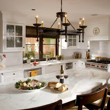 Traditional Kitchen by Da Vinci Marble
